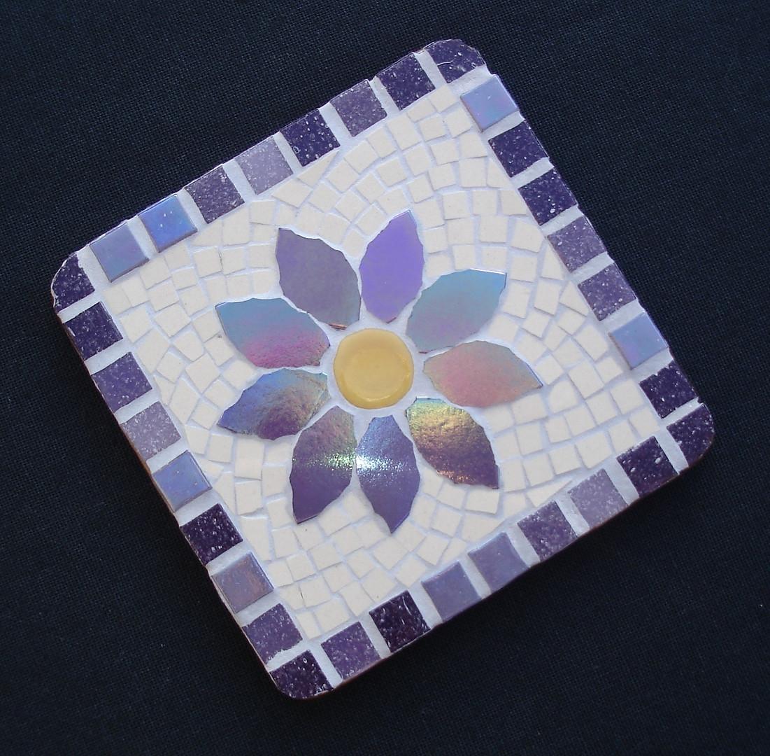CS13 Lilac Flower on Cream  £12 Each