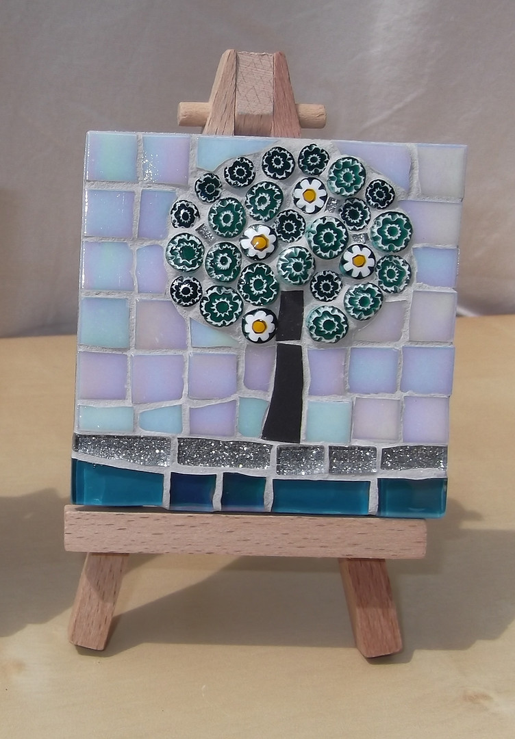 MM4 Small Turquoise Blossom  (Easel incl.)  £12
