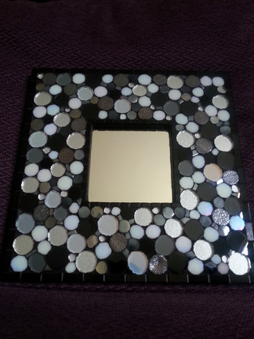 MR13  Mono Circles  £65