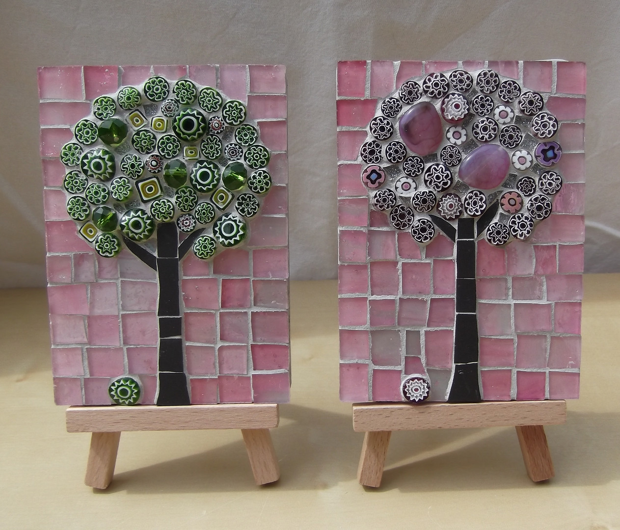 MM8 Medium Blossoms on Pink (Easel Incl.)   £22 Each