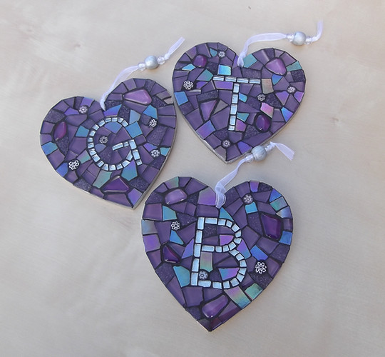 LH10 Large Personalised Hearts (Choose Colours/Initials)  £22 Each