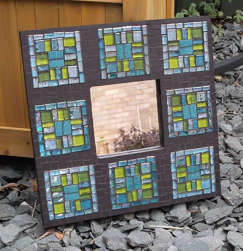 MR10 Ocean Squares On Black  £60