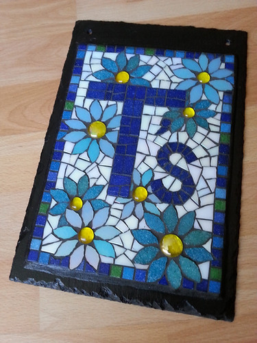 SM3 Personalised Daisy Slate Mural