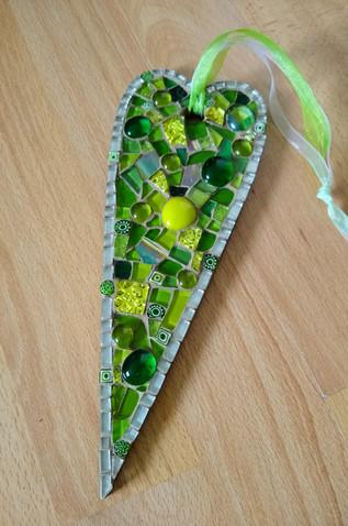 LPH15 Large Primitive Heart Green Medley  £22 Each