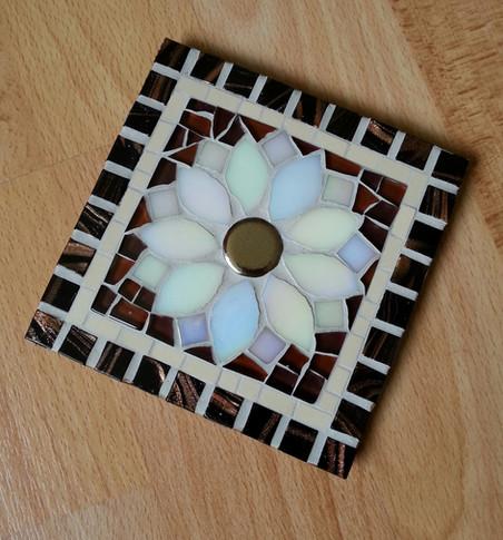CS10 White Chrysanthemum on Brown £12 Each