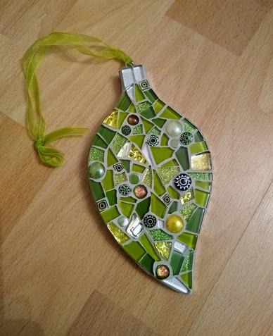 LF29 Green Medley Leaf  £15 Each