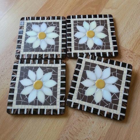 CS12  White Daisy on Brown  £12 Each (£46 set of 4)
