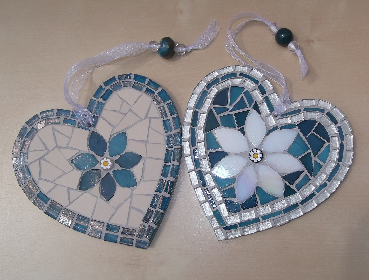 LH13 Large Folksy Flower Hearts Blue/Cream  £22 Each