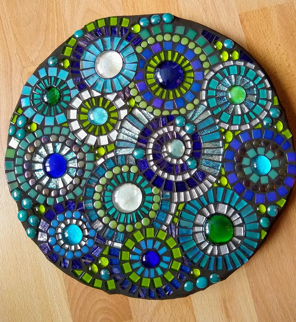 SS1  Blue/Green Circles  £110