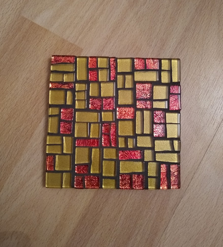 CS23 Red/Gold Abstract  £11 Each