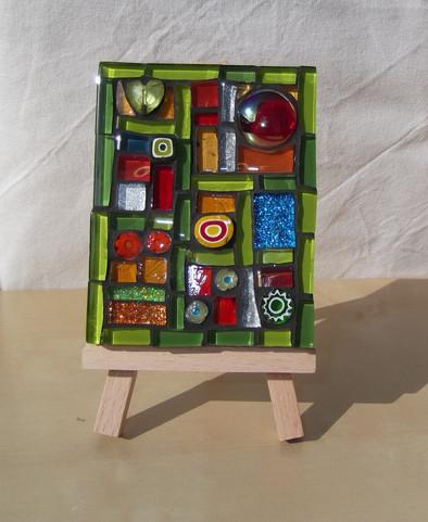 MM15 Green Quilt  (Easel Incl.)  £13