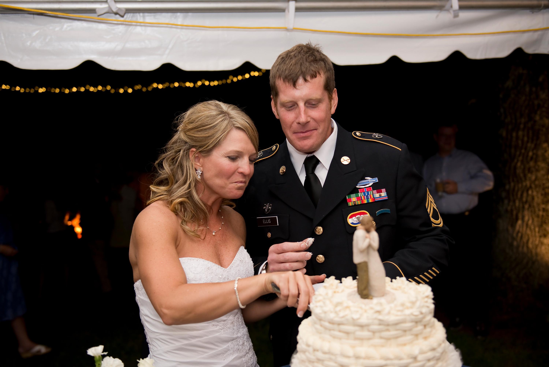 Sean & Amy Maddalena's Wedding Cake