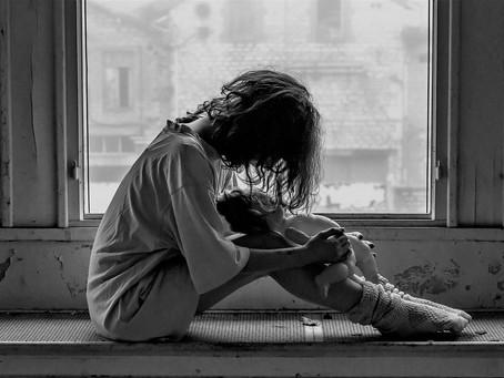 가정폭력에 시달리는 청소년들 – 미국행이 아직 옵션이 될 수 있습니다..!
