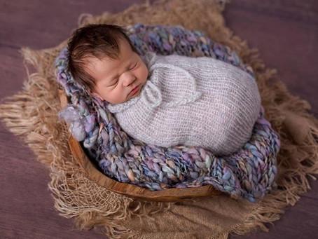 Neugeborenenfotos in meinem Studio