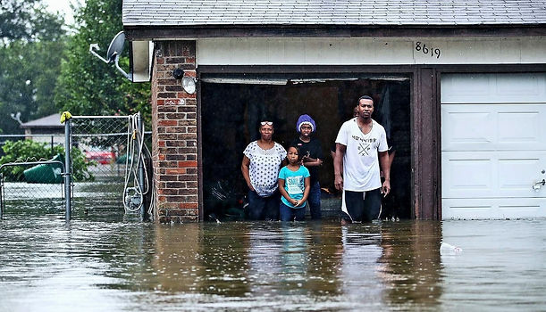 family-at-flooded-home_1600_edited_edite