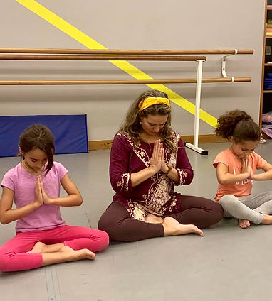 Yoga Infantil.JPG