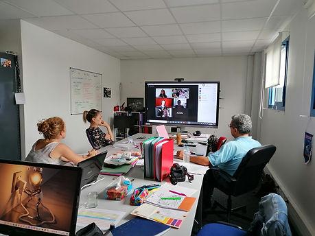 l'équipe de SDSI au bureau