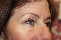 Top & bottom eyeliner