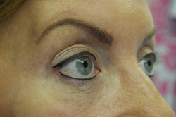 top and bottom eyeliner