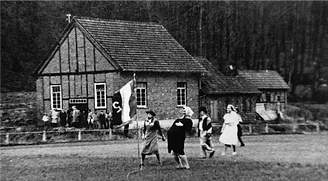 Faschingstreiben am Sportheim 1935