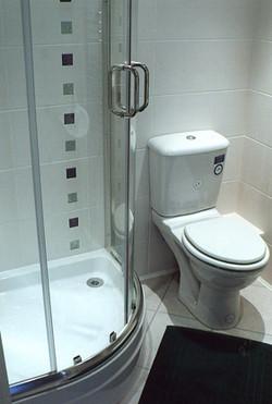 New bathroom tiling