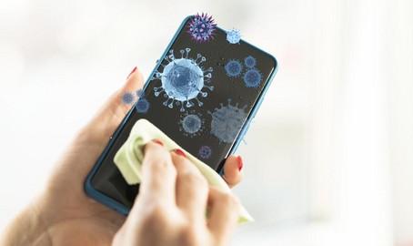 Come pulire lo smartphone senza rovinarlo contro Coronavirus ❗