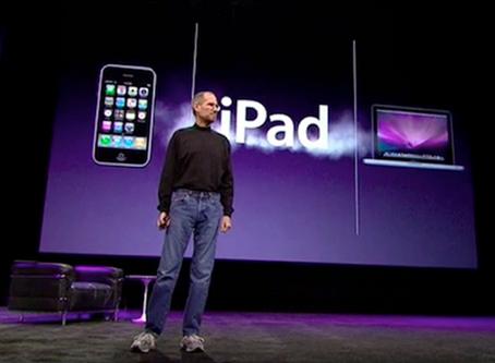 Torniamo nel 2010 dove Steve Jobs svela iPad !