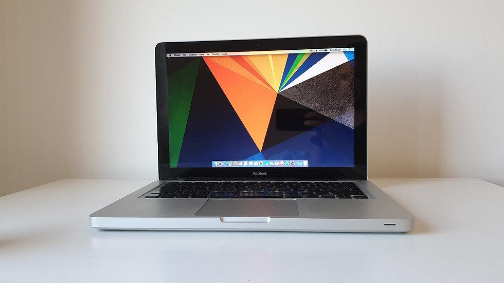 MacBook 13.3'' Intel Core2 / lezioni online / didattica a distanza