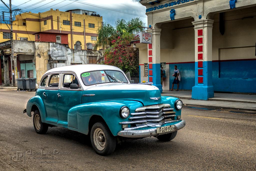 Taxi Cubano Verde Blanco