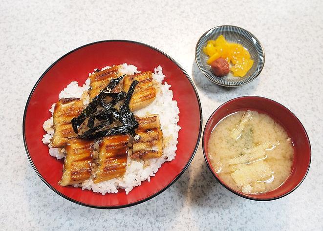 焼きアナゴ丼1 リサイズ.jpg