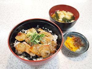 鯛の漬け丼3 リサイズ.jpg