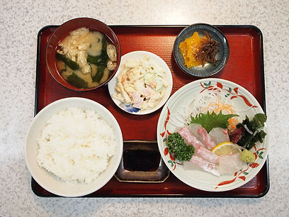 鯛のお刺身定食1 リサイズ.jpg