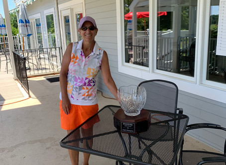 SCULLY WINS THIRD LADIES TITLE IN FOUR YEARS