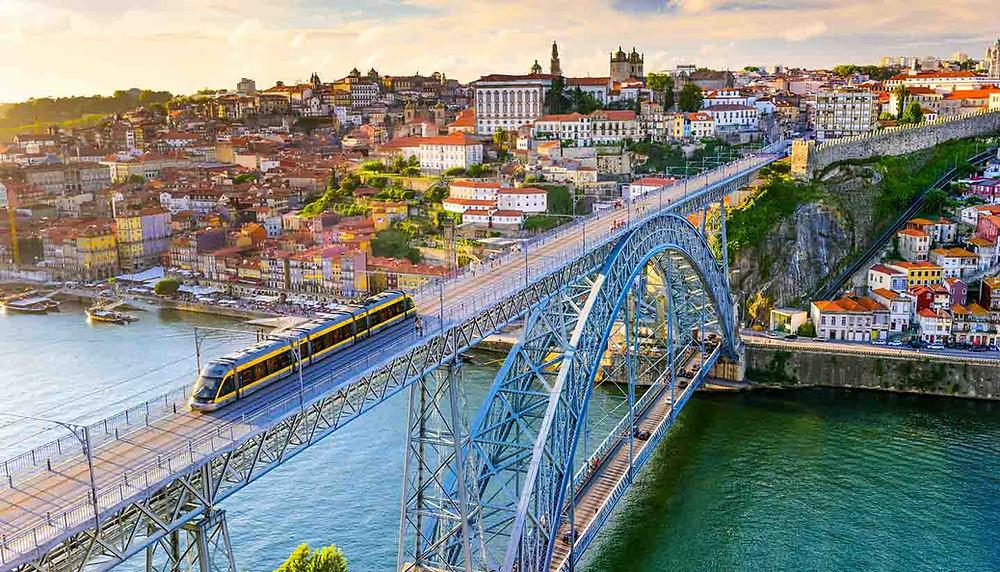 The Luís I Bridge in Porto, Portugal
