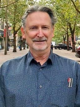 Dennis Glynn