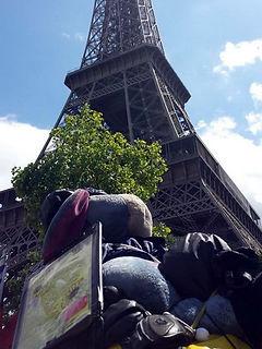 Eeyore_In_Paris.jpg