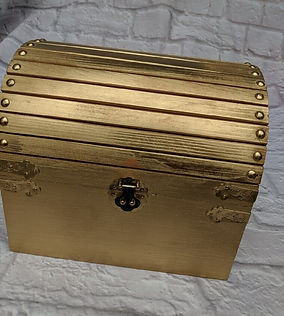 gold card box