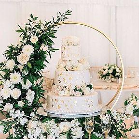 circle cake stand