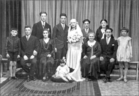 Wedding of Srul Malmed and Chana Blum, 1931