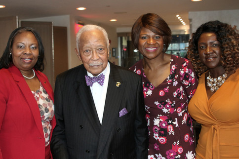 Committee and Mayor Dinkins.JPG
