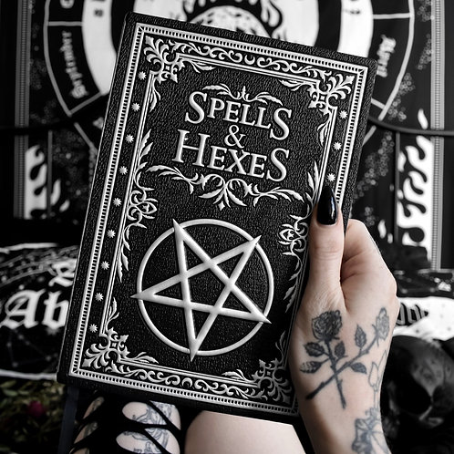 Livre ''Spell and Hexes''