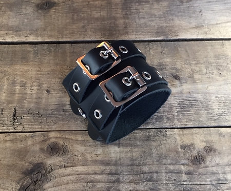 Bracelet 2bk-Wrap oeillets argents sans couture