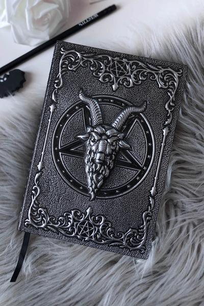 Livre ''Book of the beast''
