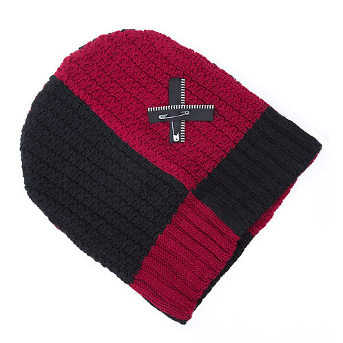 Tuque rouge et noire