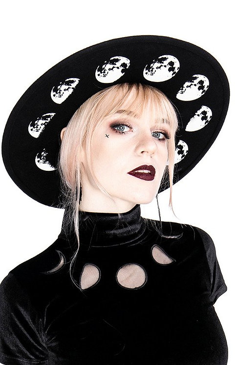 Chapeau ''Phase of the Moon''