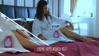 Como usar creme depilatório Veet   Tirar o creme na hora certa, cuidados e passo-a-passo