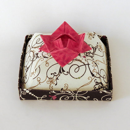 Square - Cake Box, White and Dark Chocolate