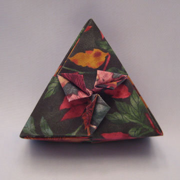 Triangle - Spades, Fuchsia Floral on Green