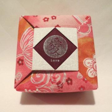 Square - Frame, Love Silver Floral on Pink Orange