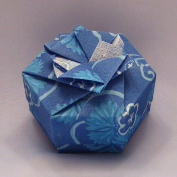 Hexagon - Bow, Blue Gingkos